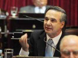 El presidente del bloque de senadores del Bloque justicialista, Miguel Ángel Pichetto.