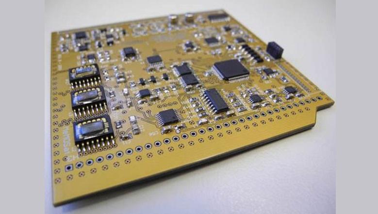 LaboSat es el nombre de la plataforma electrónica de control de los dispositivos a ensayar en el cosmos. Foto: Gentileza Carlos Acha.